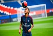 Concorda com os montantes extravagantes em transferências de jogadores de Futebol?
